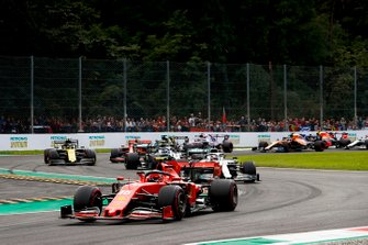 Charles Leclerc, Ferrari SF90 leads Lewis Hamilton, Mercedes AMG F1 W10, Valtteri Bottas, Mercedes AMG W10 and Sebastian Vettel, Ferrari SF90 at the start of the race