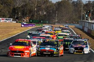 Start der Supercars 2019 auf dem Queensland Raceway in Ipswich: Scott McLaughlin, DJR Team Penske Ford, führt