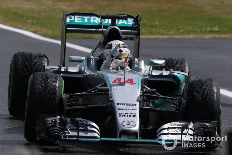 2016: Mercedes AMG F1 W07 Hybrid