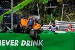 Alexander Peroni, Campos Racing, crashes