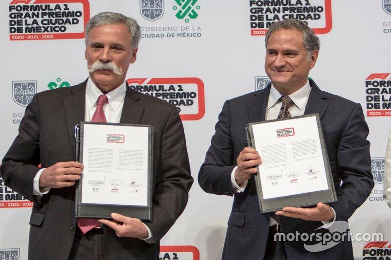 Chase Carey, presidente de Fórmula Uno y el presidente de Alejandro Soberón, CIE