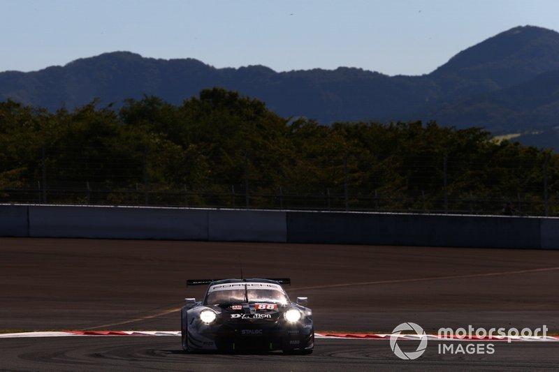 #88 Proton Competition Porsche 911 RSR: Matteo Cairoli
