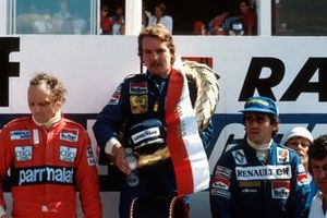 Podium: third place Niki Lauda, McLaren, Race winner Keke Rosberg, Williams, third place Alain Prost, Renault F1 Team