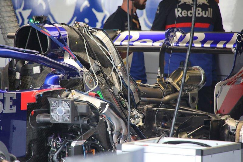 Detalhe da traseira da Toro Rosso