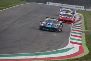 #112 Ferrari 488 Challenge, Scuderia Praha: Miroslav Vyboh