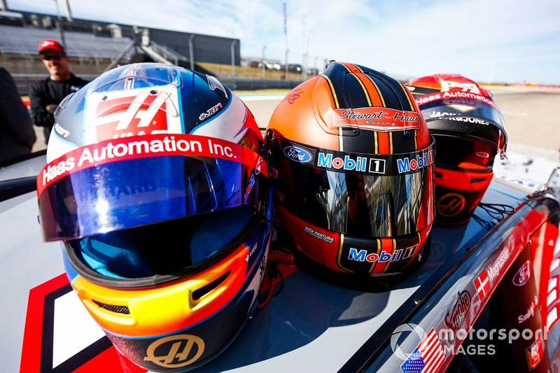 The helmets of Romain Grosjean, Haas F1 Team Team, Tony Stewart and Kevin Magnussen, Haas F1 Team Team