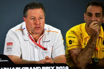 Zak Brown, Executive Director, McLaren, and Cyril Abiteboul, Managing Director, Renault F1 Team