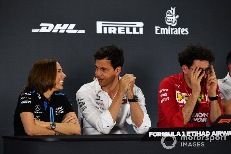 Claire Williams, Subdirectora de Equipo, Williams Racing, Toto Wolff, Director Ejecutivo (Negocios), Mercedes AMG, y Mattia Binotto, Directora de Equipo Ferrari