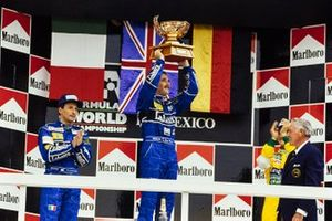 Podium: Race winner Nigel Mansell, Williams, second place Riccardo Patrese, Williams, third place Michael Schumacher, Benetton