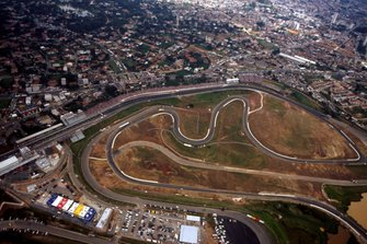 Una vista aérea del Autódromo Carlos Pace en Interlagos