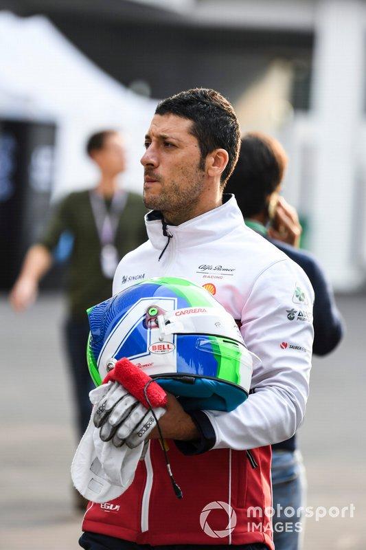 Helmet of Antonio Giovinazzi, Alfa Romeo Racing