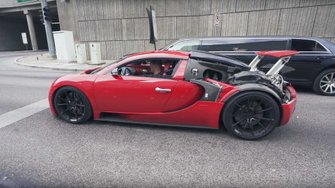 bugatti-veyron-with-rear-panel-delete-stands-out-on-public-roads