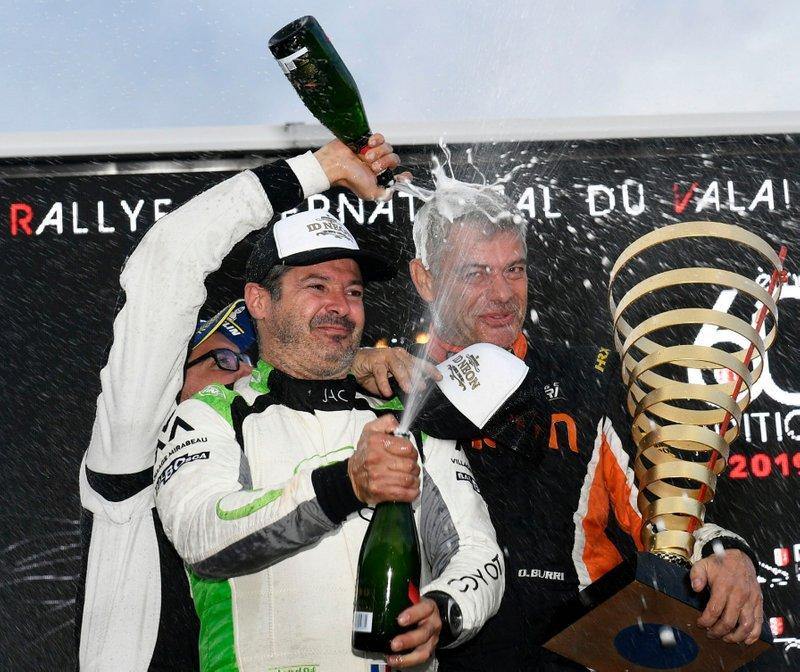 Olivier Burri, Fabrice Gordon, Skoda Fabia R5, D-Max Swiss, sur le podium