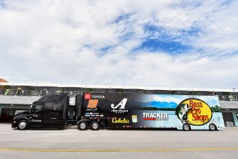 Martin Truex Jr., Joe Gibbs Racing, Toyota Camry Bass Pro Shops hauler