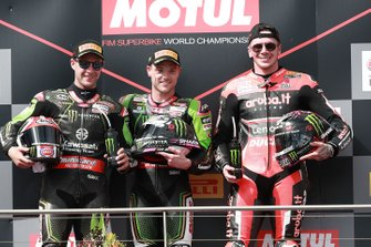 Winnaar Alex Lowes, Kawasaki Racing Team, tweede Jonathan Rea, Kawasaki Racing Team, derde Scott Redding, Aruba.it Racing Ducati