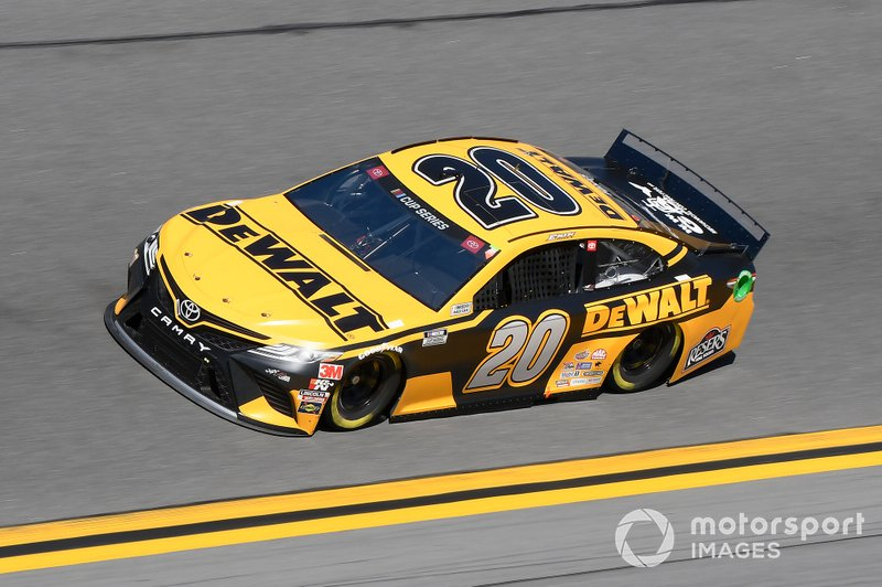 14. Erik Jones, Joe Gibbs Racing, Toyota Camry DeWalt