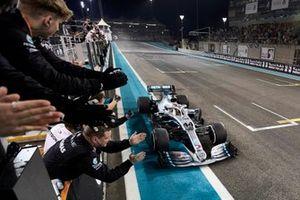 Lewis Hamilton, Mercedes AMG F1 W10, 1st position