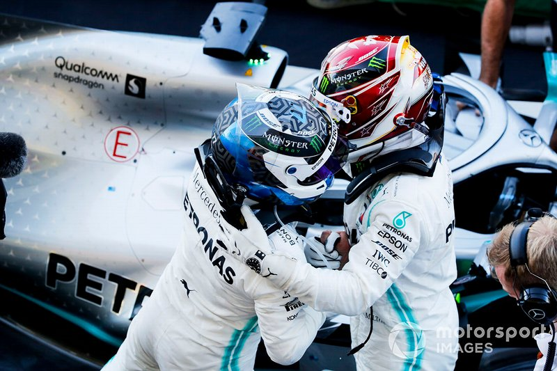 Valtteri Bottas, Mercedes AMG F1, 1st position, celebrates on arrival in Parc Ferme with his team mate Lewis Hamilton, Mercedes AMG F1, 3rd position
