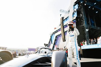 Stoffel Vandoorne, Mercedes Benz EQ gives a thumbs up on the podium