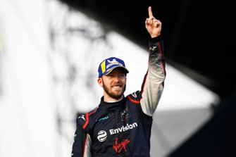 Sam Bird, Virgin Racing, op het podium