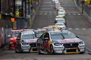 Renn-Action in Newcastle: Shane van Gisbergen, Triple Eight Race Engineering Holden, führt