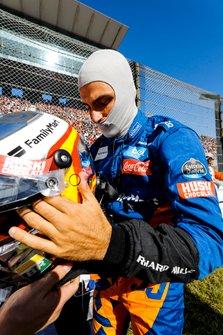 Carlos Sainz Jr., McLaren on the grid