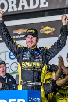 Grant Enfinger, ThorSport Racing, Ford F-150 Champion/ Curb Records in victory lane
