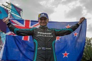 Podium: winner Mitch Evans, Jaguar Racing, Jaguar I-Type 4