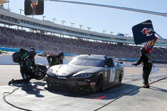 Riley Herbst, Joe Gibbs Racing, Toyota Supra Monster pit stop