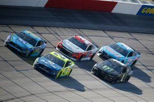 Matt DiBenedetto, Wood Brothers Racing, Ford Mustang Menards/Dutch Boy, Kurt Busch, Chip Ganassi Racing, Chevrolet Camaro Monster Energy
