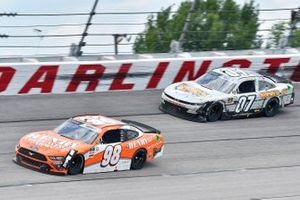Riley Herbst, Stewart-Haas Racing, Ford Mustang Henry Repeating Arms, Joe Graf Jr, SS Green Light Racing, Chevrolet Camaro Bucked Up Energy