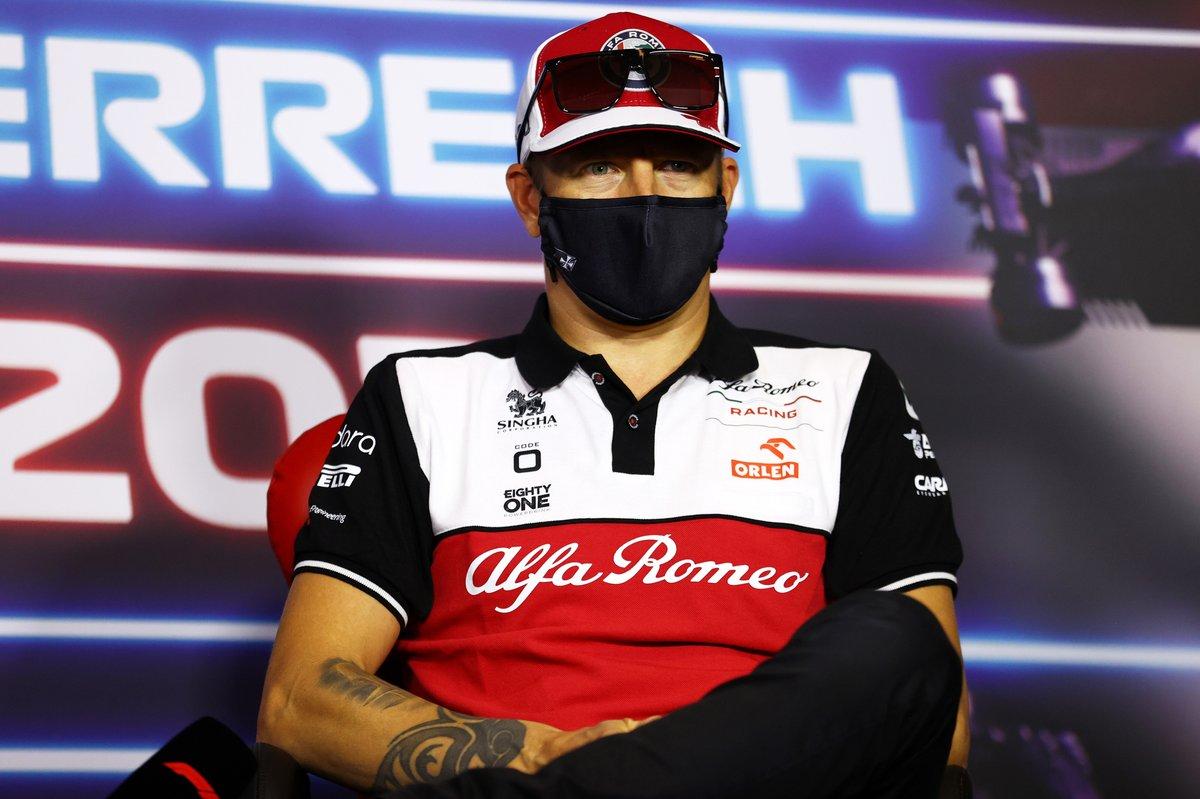 Kimi Raikkonen, Alfa Romeo Racing durante la conferencia de prensa