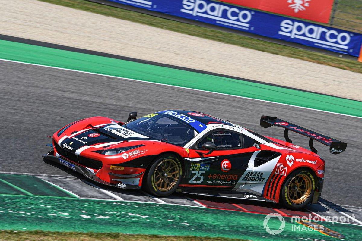 #25 RS Racing, Ferrari 488 GT3 Evo: Daniele Di Amato, Alessandro Vezzoni