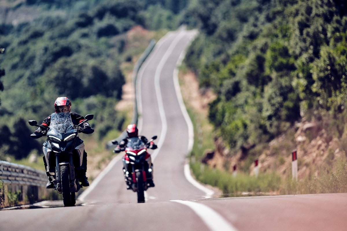 Motor Valley Experience: the first two-wheeled tour through the Land of Speed.
