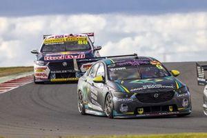 Will Brown, Erebus Motorsport Holden, Jamie Whincup, Triple Eight Race Engineering Holden