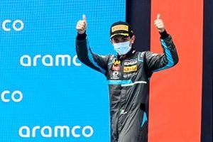 Podio: Matteo Nannini, HWA Racelab