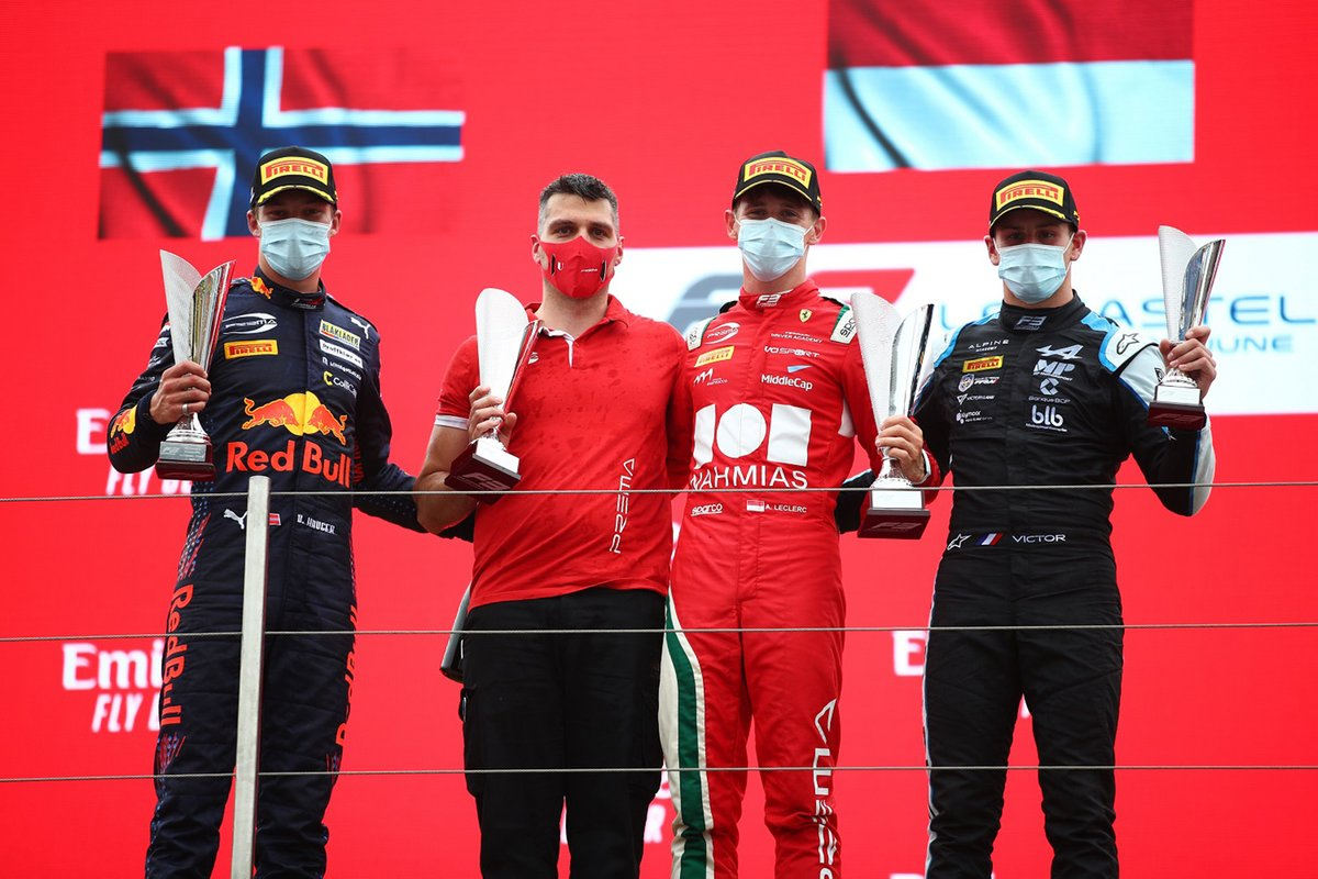Podio: Ganador de la carrera Arthur Lerclerc, segundo lugar Dennis Hauger, Prema Racing, tercer lugar Victor Martins, MP Motorsport