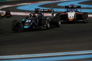 Ido Cohen, Carlin, devance Reshad De Gerus, Charouz Racing System