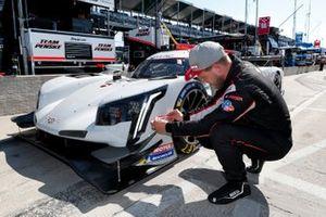 #01 Chip Ganassi Racing Cadillac DPi: Kevin Magnussen, Pole Winner