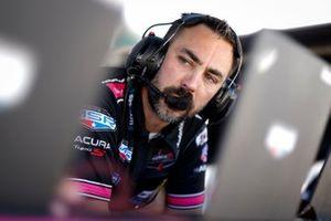 #60 Meyer Shank Racing w/Curb-Agajanian Acura DPi: Engineer
