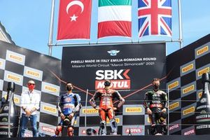 Podio: ganador de la carrera Michael Ruben Rinaldi, Aruba.It Racing - Ducati, segundo lugar Toprak Razgatlioglu, PATA Yamaha WorldSBK Team, tercer lugar Jonathan Rea, Kawasaki Racing Team WorldSBK