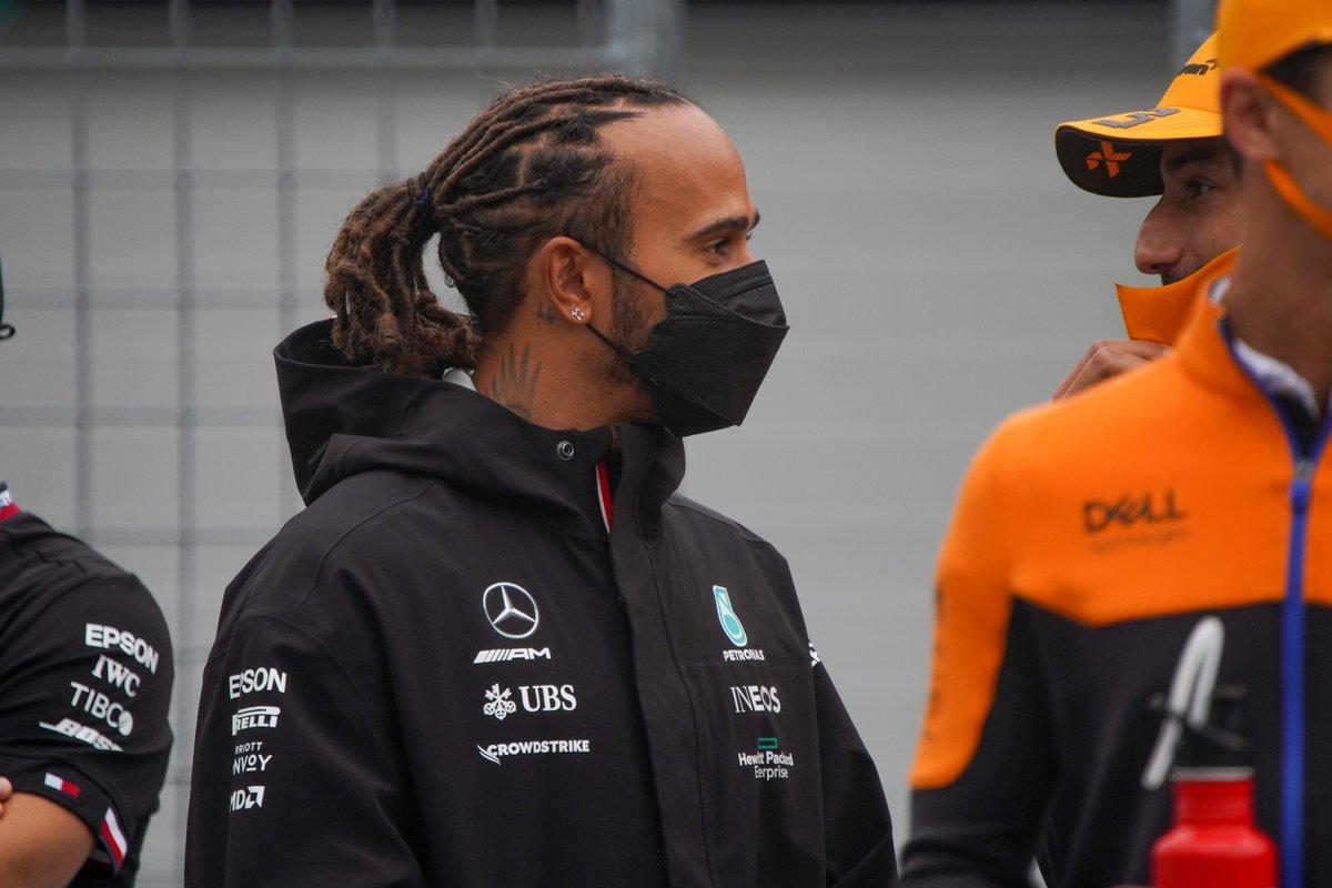 Lewis Hamilton, Mercedes: 8 puan