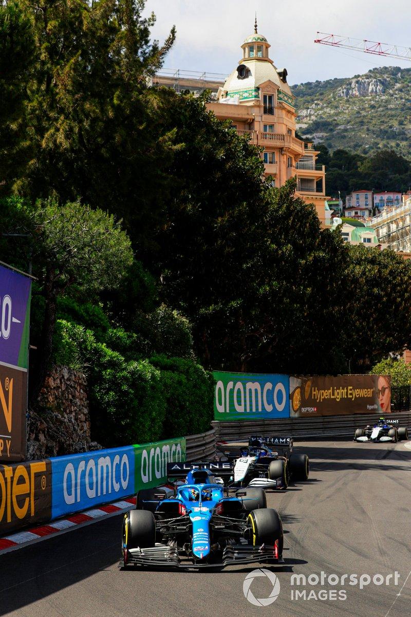 Fernando Alonso, Alpine A521, George Russell, Williams FW43B