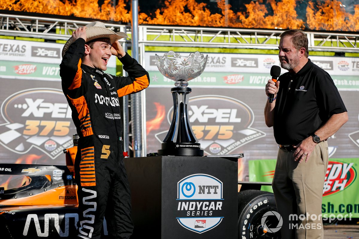 Patricio O'Ward, Arrow McLaren SP Chevrolet celebra la victoria en la XPEL 375, Eddie Gossage