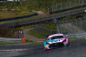 #22 Toksport WRT Mercedes-AMG GT3 Evo: Maro Engel, Luca Stolz