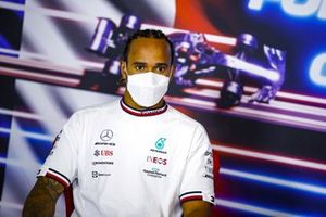 Le 2ᵉ, Lewis Hamilton, Mercedes, en conférence de presse