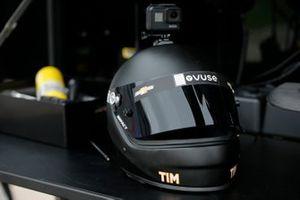 Felix Rosenqvist, Arrow McLaren SP Chevrolet crew helmet