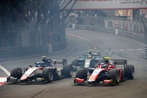 Guilherme Samaia, Charouz Racing System, devance Marino Sato, Trident et Gianluca Petecof, Campos Racing, au départ