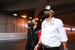 Sebastien Buemi, Nissan e.dams, caminando por el circuito