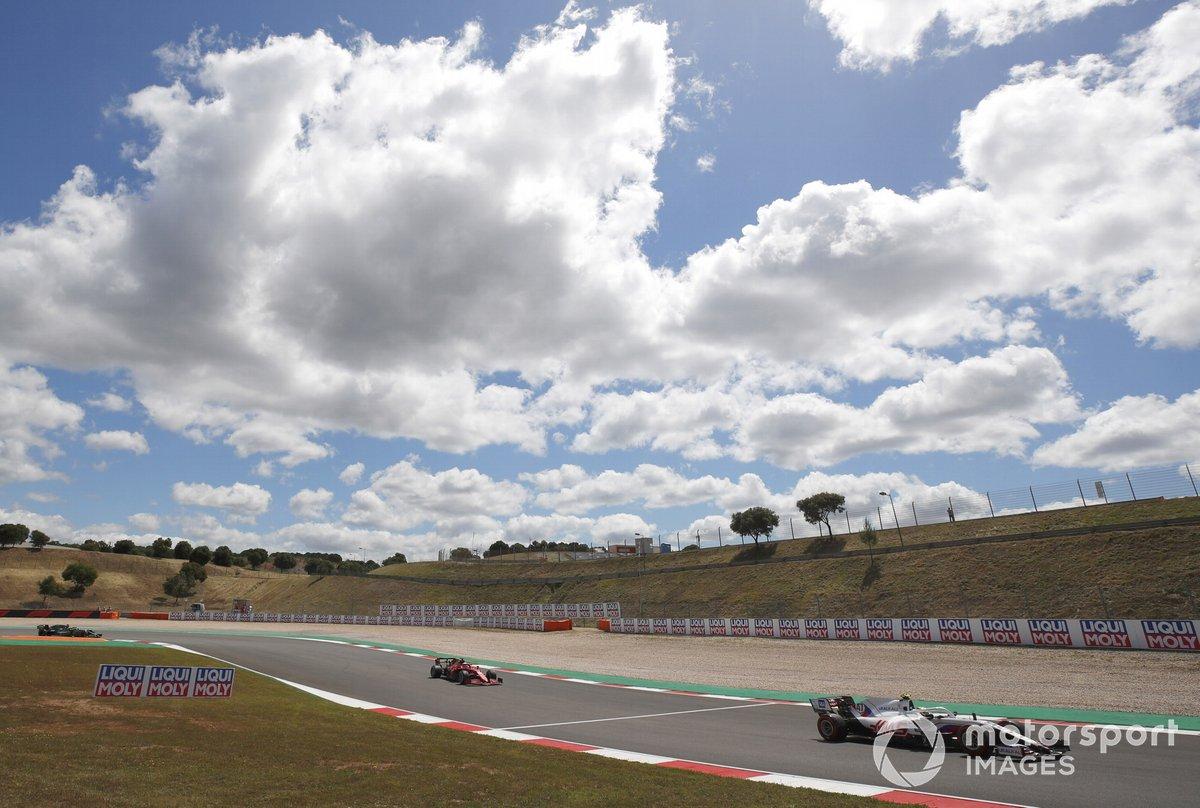 Mick Schumacher, Haas VF-21, Charles Leclerc, Ferrari SF21, Sebastian Vettel, Aston Martin AMR21